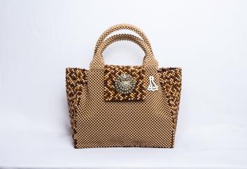 Anisiyah bead bag