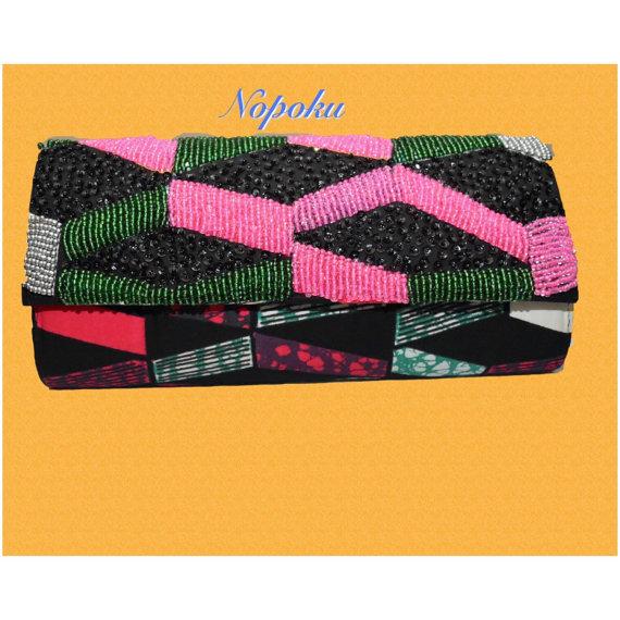 Pink glass beads clutch 1